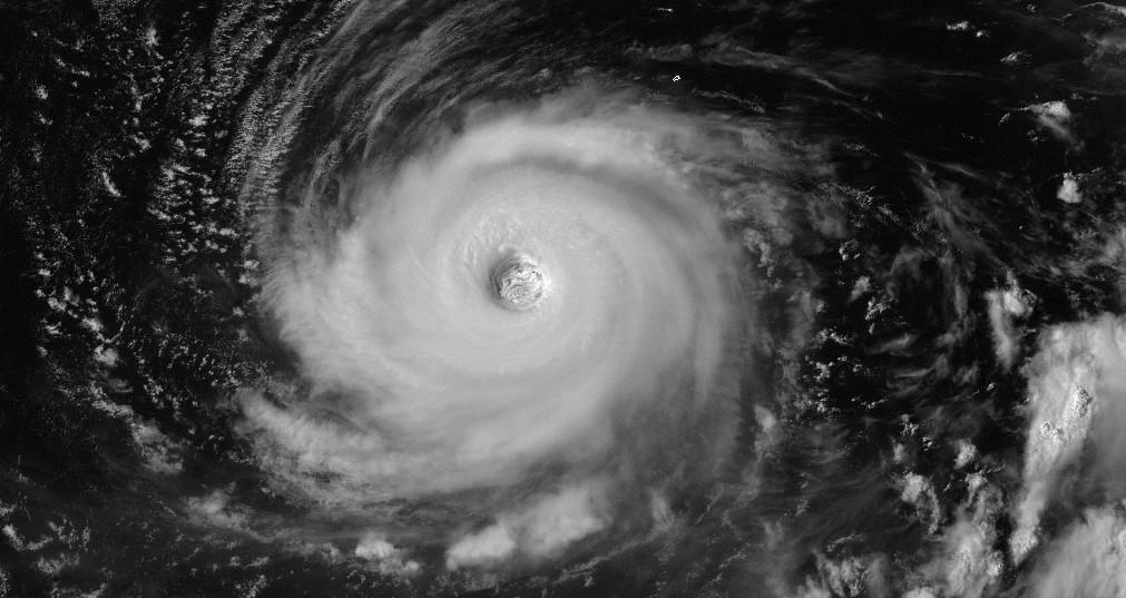 Super typhoon noru