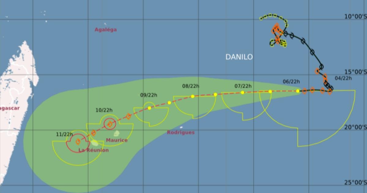 Traejctoire danilo cycloneoi 06012021